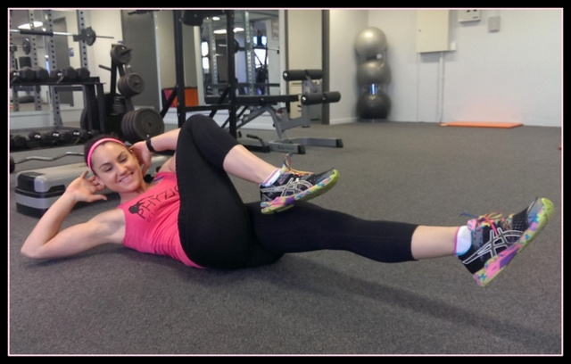 15 minute circuit -- bicycle crunches