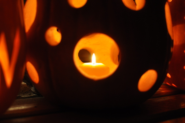 how to carve a pumpkin -- drill holes