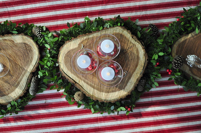 Outdoor Christmas Ideas -- wood rounds for a table centrepiece - beafunmum.com