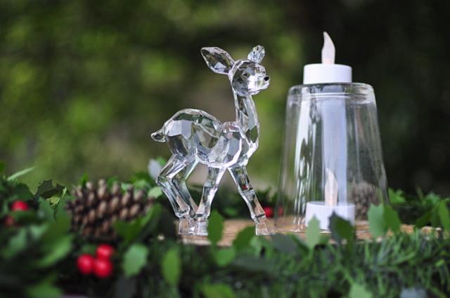 Outdoor Christmas Ideas - Plastic Centrepiece - beafunmum.com