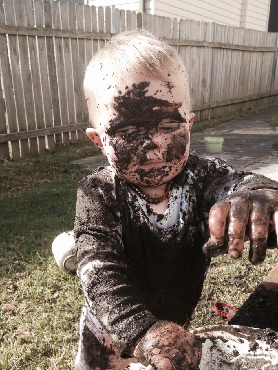 Make A Mud Kitchen Be A Fun Mum