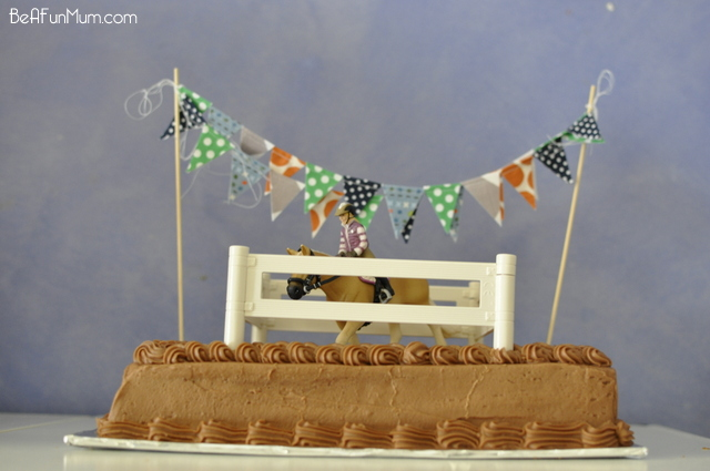 Horse Birthday Cake - with cake bunting and a Schleich horse figurine - on beafunmum.com
