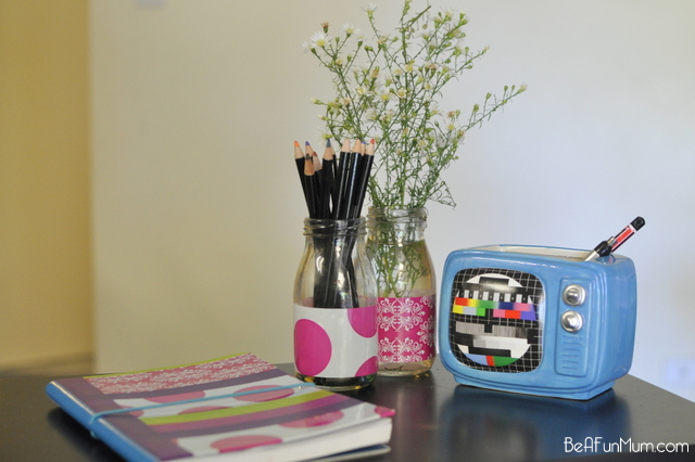 Use decorative tape to cover a notebook - tutorial on beafunmum.com