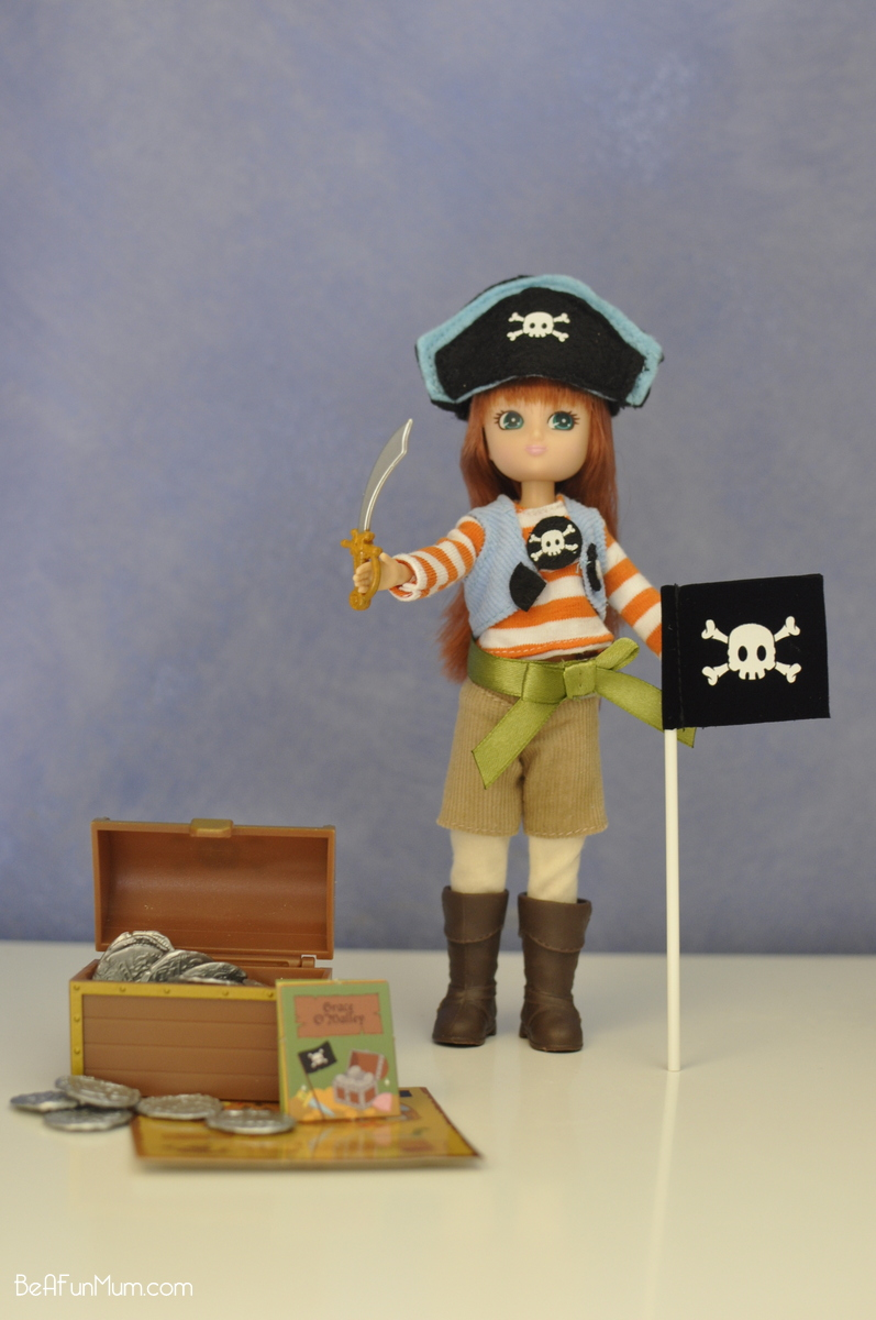 Lottie Doll - Pirate Queen Doll -- Accessories