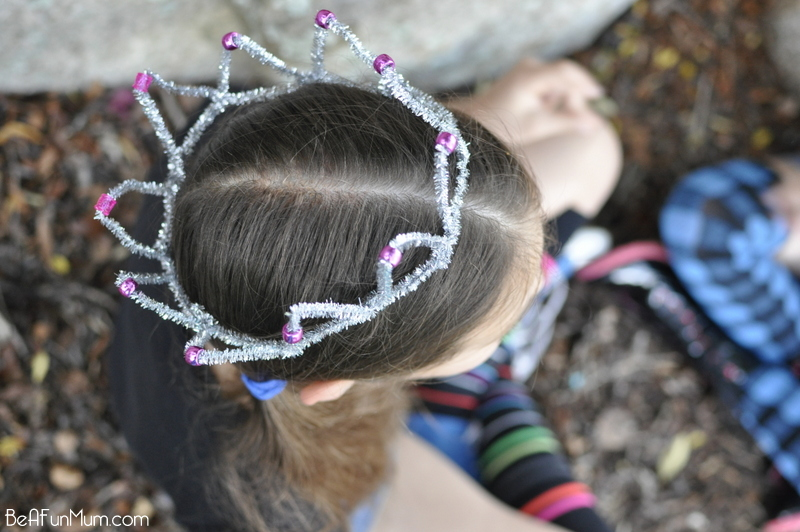 Pipe Cleaner Crown - Very Easy!