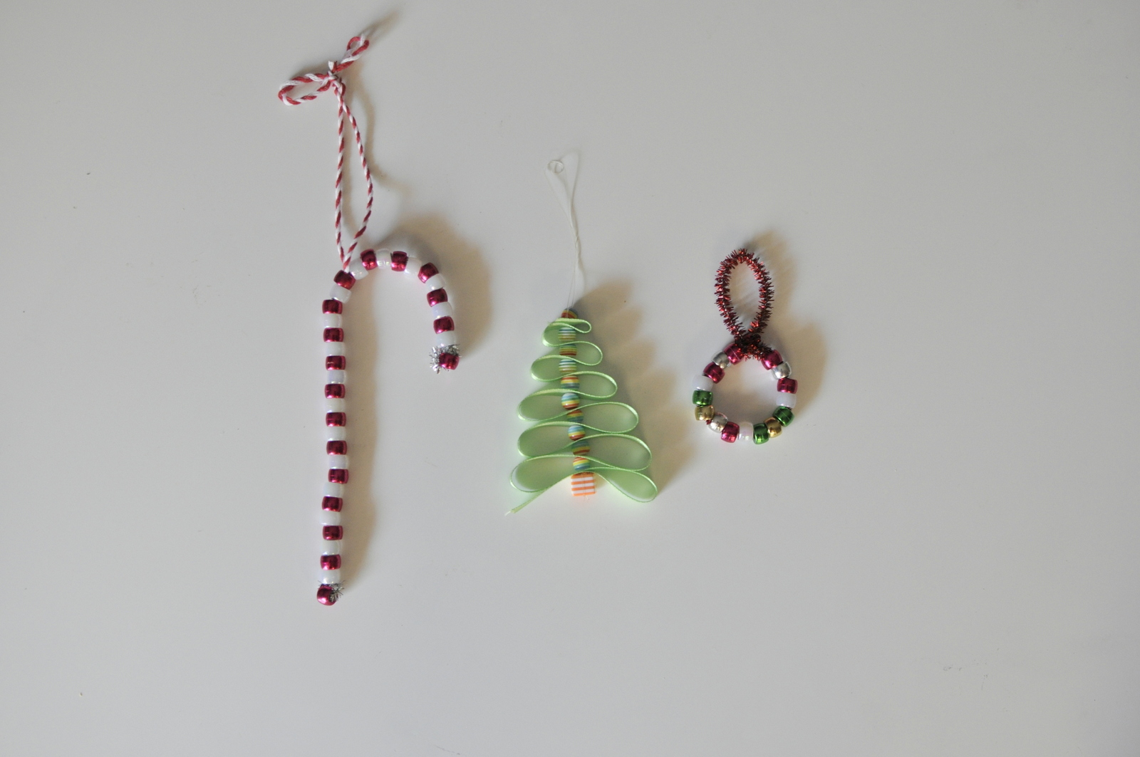 Christmas Crafts - Easy Bead Christmas Tree Decorations