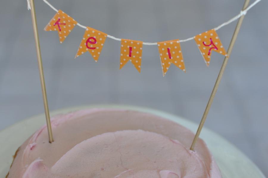 DIY name cake bunting