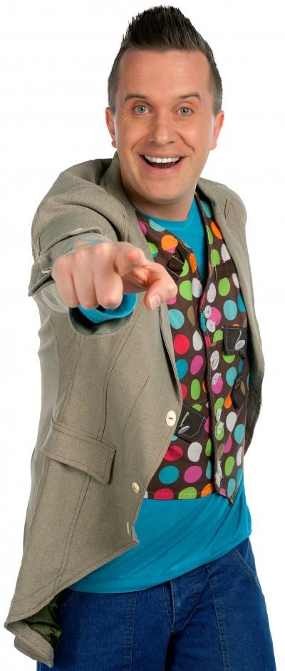 Mister Maker pointing