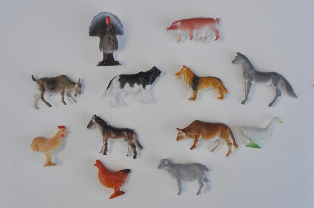 Farm animal figurines