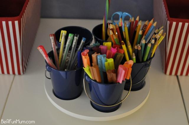 organising drawing pens