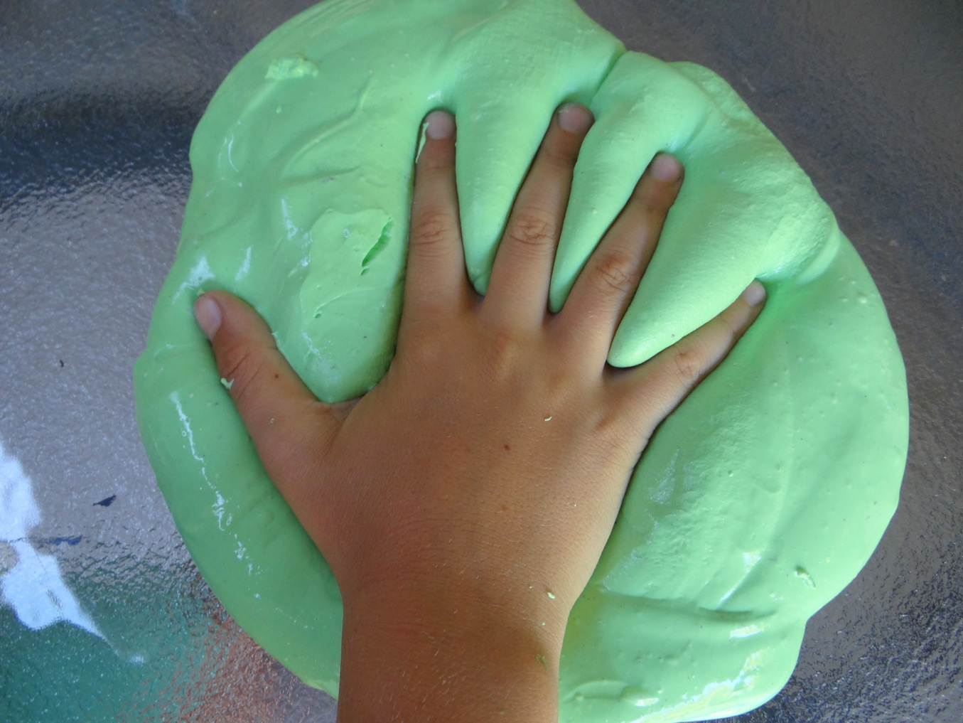 Slime/Silly Putty - a great sensory activity for kids