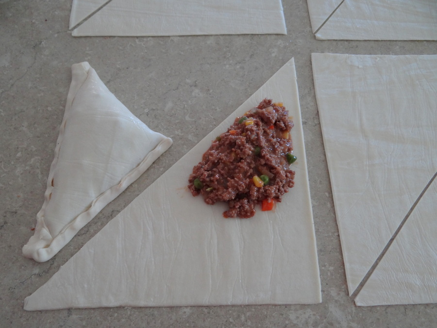 Easy family dinner - Beef and Vegetable Pastie