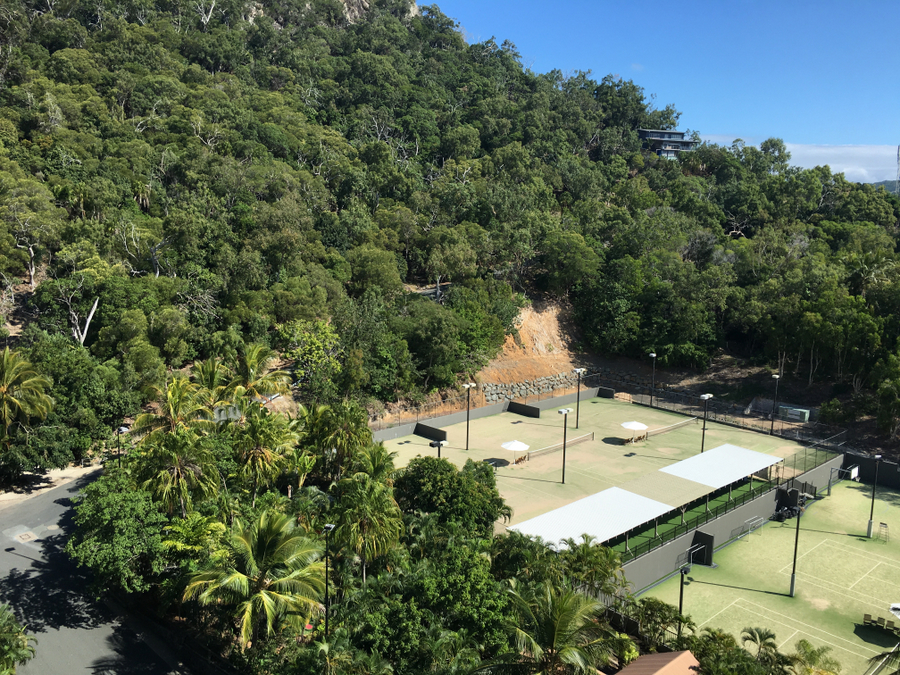 Reef View Hotel - Tennis Court