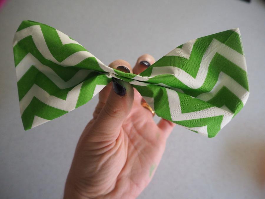 pinch napkin bow tie