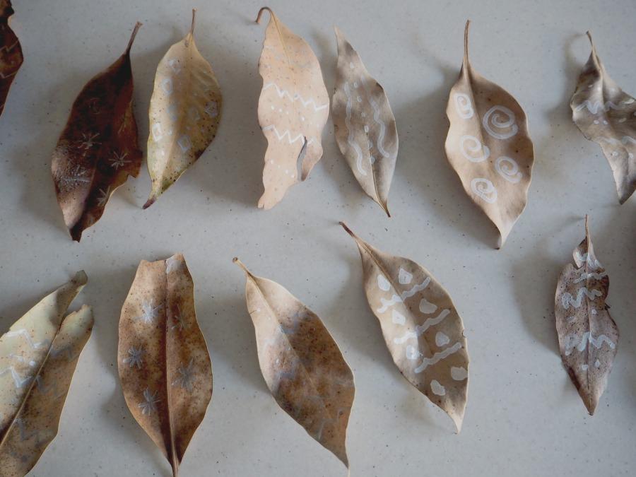 leaf garland leaves